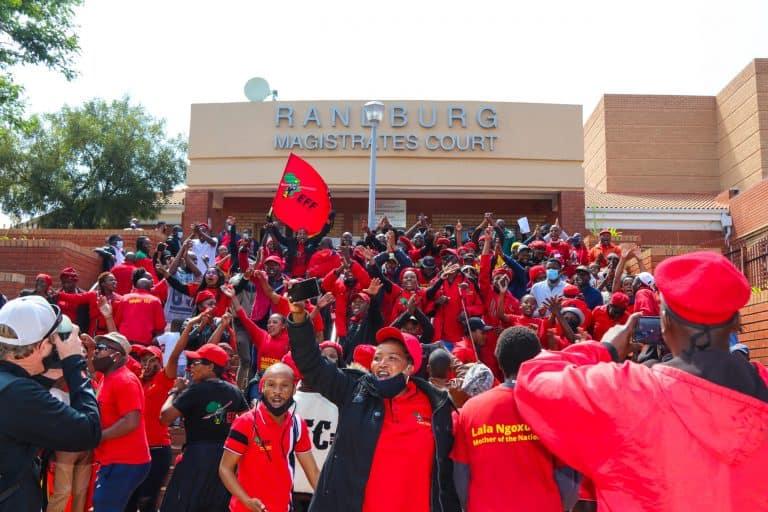 Media kry skuld vir vertraging in Malema en Ndlozi se verhoor