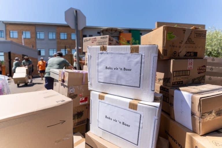 Hulp aan Vrystaatse boere: Duisende maak harte en beursies oop