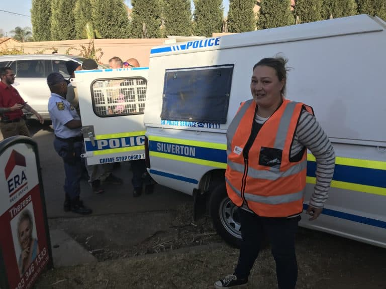 AfriForum se Meyerspark-buurtwag trek verdagtes vas