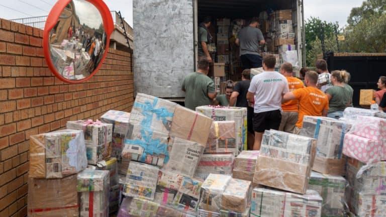 AfriForum-span help om duisende bokse by boervroue te kry