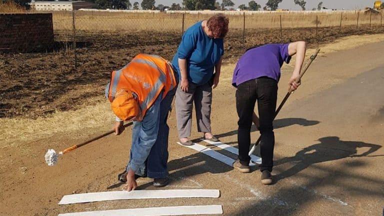 AfriForum se Endicott-plaaswag in Springs loods padveiligheidsaksie