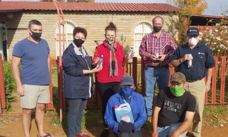 AfriForum-tak in Potchefstroom ondersteun tehuise tydens COVID-19-pandemie