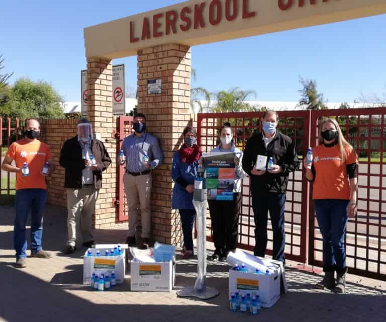AfriForum se Upington-tak skenk skolehulppakkette
