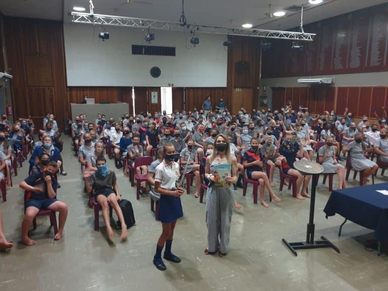AfriForum besoek laerskole in Rustenburg as deel van teenboelieveldtog
