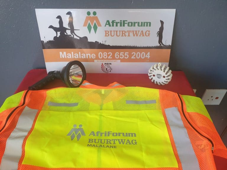 AfriForum's Malalane neighbourhood watch receives equipment