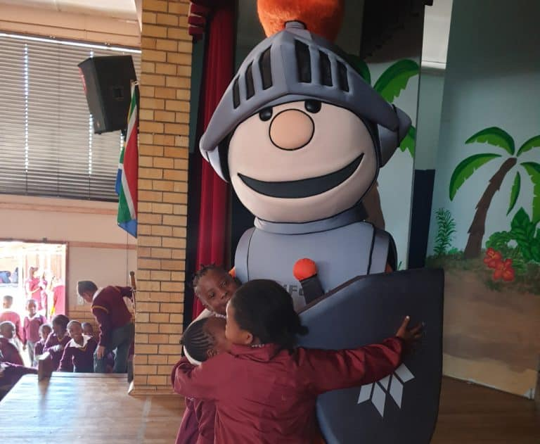 AfriForum-teenboeliespan en Matteus besoek Laerskool Delmas