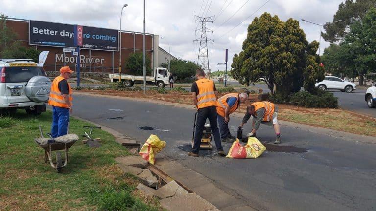 #VegEnBou-veldtog: AfriForum se Potchefstroom-tak herstel 250 slaggate