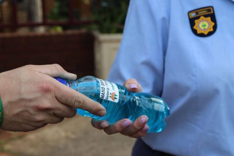 AfriForum supplies hand sanitiser to police stations in Gauteng