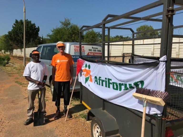 AfriForum se Rustenburg-tak begin met skoonmaakprojek