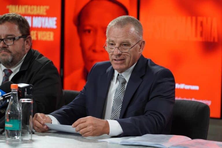 'Onaantasbare' Malema en Moyane in adv. Nel se visier