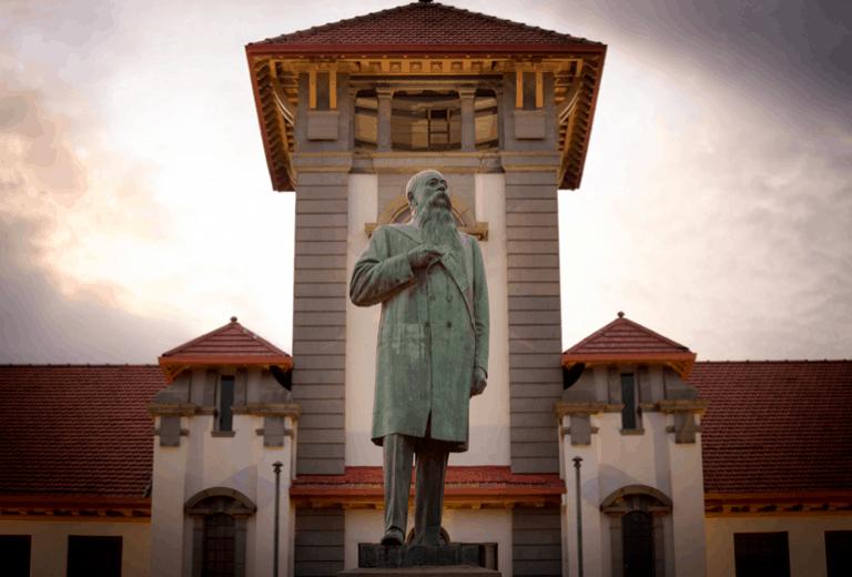 Die standbeeldedebat – plaaslike en internasionale menings hieroor