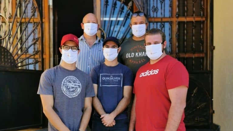 AfriForum's Benoni branch donates face masks to Laerskool Northmead