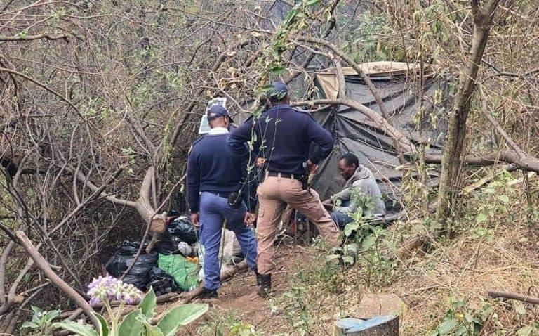 AFRIFORUM SE GROTER MOOT-BUURTWAG WERK SAAM MET TSHWANE-METROPOLISIE EN SAPD