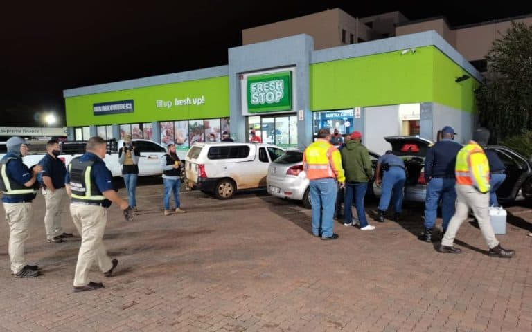 AFRIFORUM'S MIDDELBURG NEIGHBOURHOOD WATCH TAKES PART IN PATROL ALONG WITH SAPS
